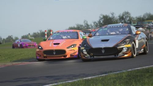 Maseratis @ Oulton